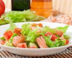 情緒性進食是利用食物讓自己心情變好的一種行為。(Shutterstock)