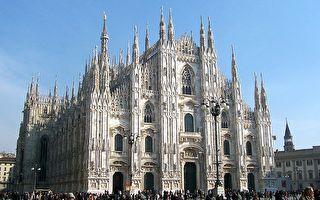 米兰大教堂前的复活节演唱会 唱起那首献给神的赞美诗