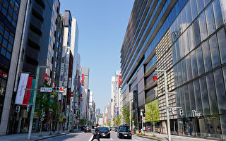 组图:日本进入紧急状态 东京闹区人潮不再