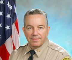 洛县警长被除去紧急行动总指挥职务