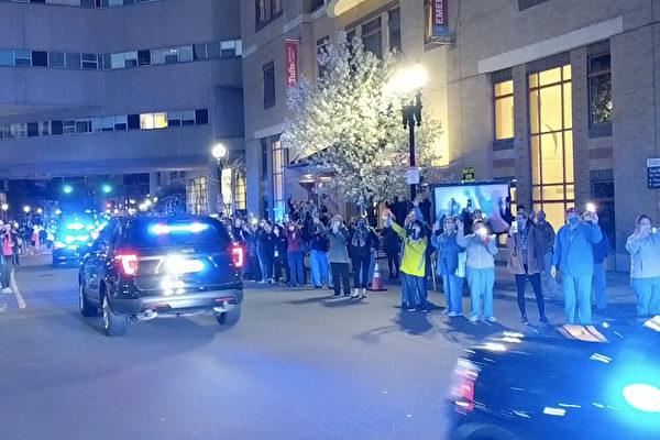 視頻:波士頓警車大遊行 紀念馬拉松爆炸案