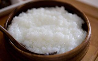 一碗白米粥就能治百病,還有美白、補氣、延年益壽的功效。(Shutterstock)
