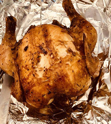 【防疫餐自己做】香嫩烤雞