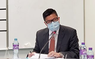 港議員斥警察恐襲傳媒 要求鄧炳強「鞠躬道歉」