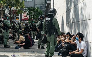 5月27日,港人發起抗議《國歌條例草案》二讀的行動,防暴警察在多地抓人。(Anthony Kwan/Getty Images)