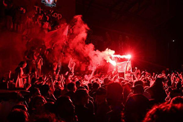 切尔西助利物浦提前七轮首夺英超冠军