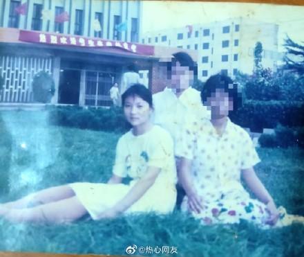 22年前,成績優異的山東高中生苟晶(左)兩度高考成績被頂替。(苟晶微博)