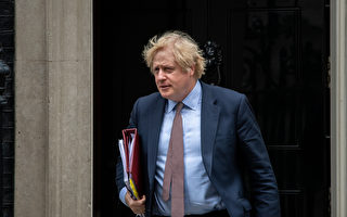 回擊國安法 英首相:將擴大港人移民權利