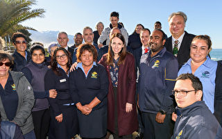 組圖:新西蘭總理訪問南島小鎮 振興旅遊業