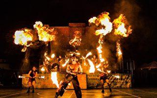 大火烧光布景器材  烧不掉艺术卡车演戏的心