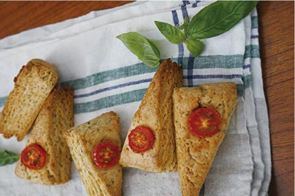 【蔬食烘焙】吃不出来是素食~番茄罗勒司康