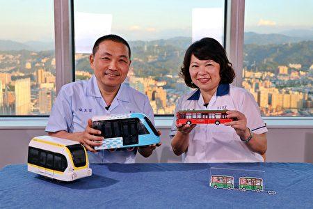 兩位市長介紹各自城市的交通系統。