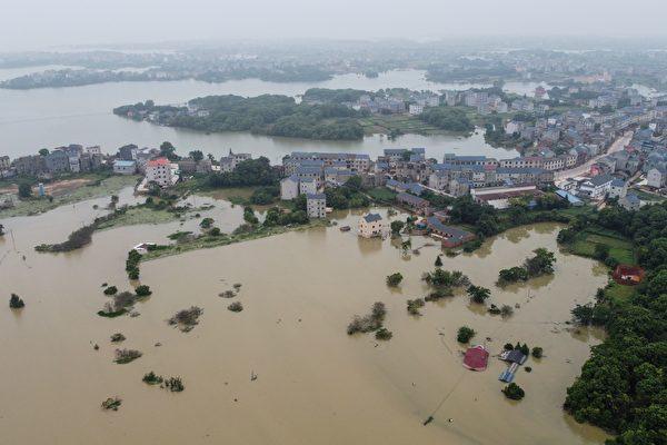 钟原:洪灾触目惊心 北戴河会议没完没了