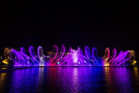 圖為故宮南院在暑假期間將推出的夜間水舞表演。