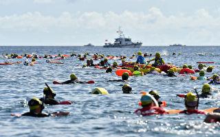與魚兒共游 近千民眾綠島海上長泳