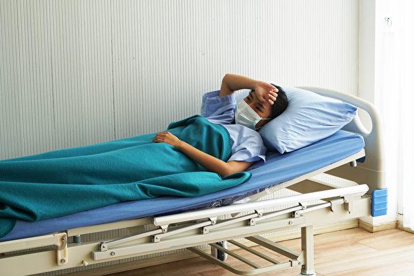 长期卧床也会造成肌肉流失。(Shutterstock)