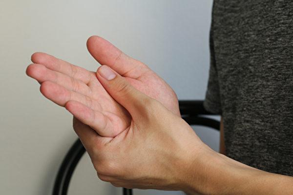 扭伤、骨折⋯⋯常见的手部受伤,有哪些类型?(Shutterstock)