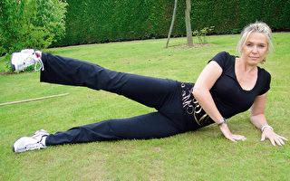 侧躺抬腿运动每周练习2~3次,能瘦大腿、消除马鞍肉。(采实文化提供)