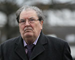 诺贝尔和平奖获得者 北爱天主教领袖休姆去世