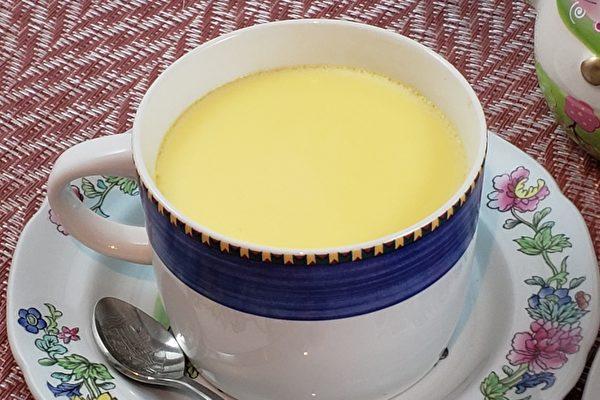 【梁廚美食】鮮奶燉蛋 香滑奶香簡易上手