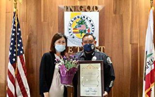 """橙县设立""""执法感谢日"""" 朴银珠访问辖区警局"""