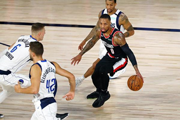 NBA十五隊晉級季後賽 西部瘋狂「搶八」