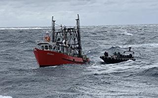 新州海域截获逾吨毒品 警方捕3男含1中国人