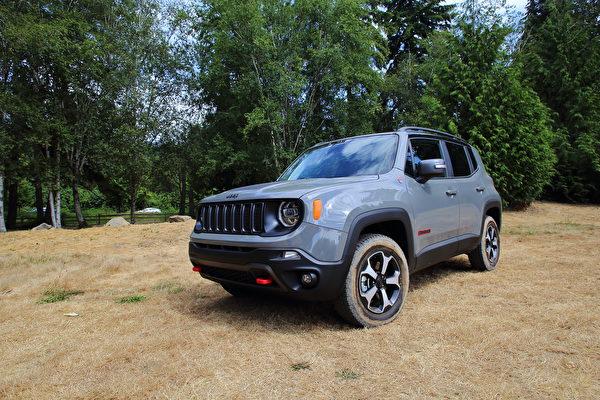 車評:與Renegade去越野 2020 Jeep Renegade Trailhawk
