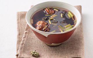 药食同疗:缓解经痛 益母草罗汉果汤