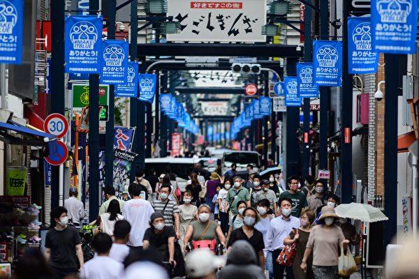 组图:日本连三天日增逾900确诊 累计破4万