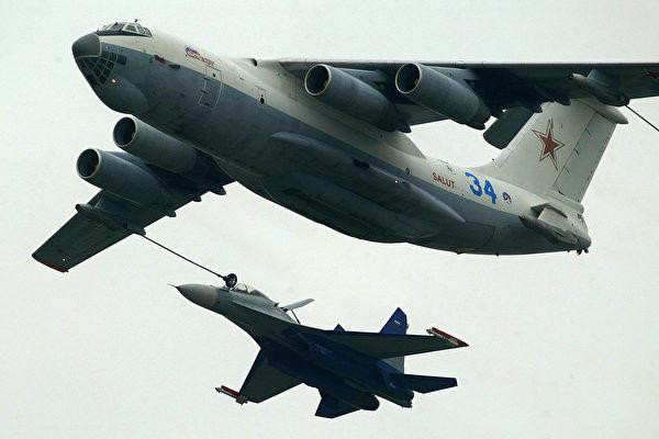 沈舟:中共蘇-30 戰機南海演習洩機密