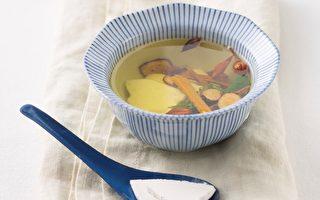 药食同疗:清热降火 柴胡连翘黄柏甘草汤