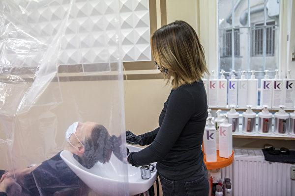 未来发廊洗发员或须先修500小时课程