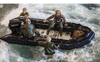 美军两栖战车沉海 搜救无果 九人遇难