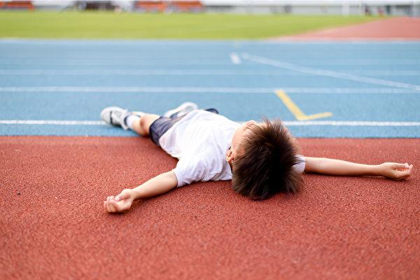 缺铁性贫血影响儿童的体力和智力,哪些原因造成贫血?(Shutterstock)