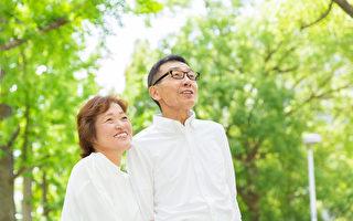 从40岁开始预防失智很关键,应避开造成失智的9大风险因子。(Shutterstock)