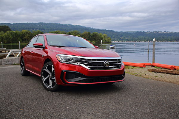 车评:新旧之间 2020 Volkswagen Passat R-Line