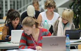 疫情冲击下纽约州内大学秋季入学率降低