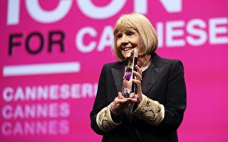 《权力游戏》女星黛安娜·瑞格癌逝 享年82岁