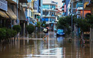 組圖:希臘遭颶風艾諾斯侵襲 街道淹沒橋梁損壞