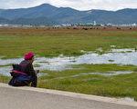中共被曝以扶貧為名 強制數十萬藏人進訓練營