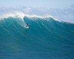夏威夷衝浪板兩年後漂至8千里外的菲律賓