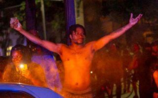 藉和平示威進行暴亂 逾三百美國人被起訴