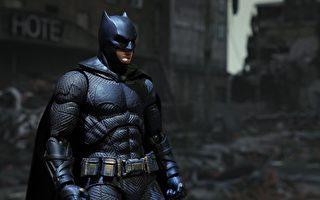 加州19岁蝙蝠侠送游民衣食 善心启发他人