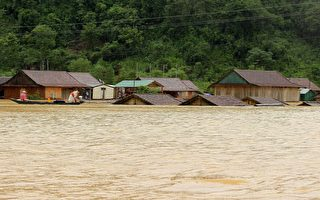 越南中部洪水釀17死 下場風暴即將到來