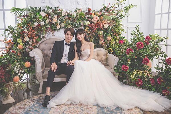 黄少谷11月办婚宴 与Yumi拍婚纱照晒幸福