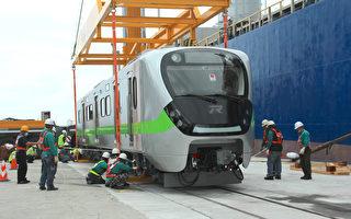 台鐵最美區間車亮相 城際列車明年相見