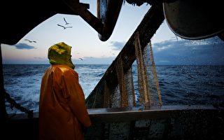 法國漁船或幫助偷渡客進入英國