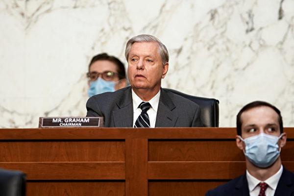 美参院司委会同意向推特脸书CEO发传票