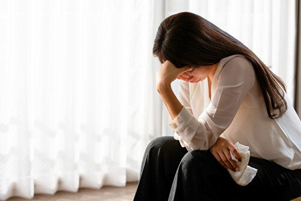 电子烟和忧郁症有关?女性忧郁症风险变8倍